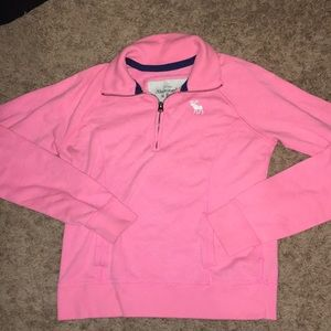 Abercrombie sweatshirt with pocket